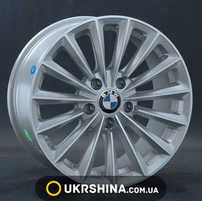 BMW (B118) image 1