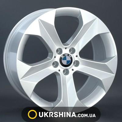 BMW (B130) image 1