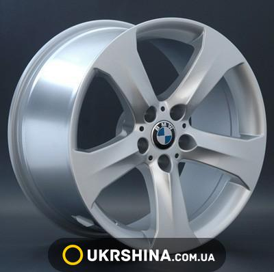 BMW (B82) image 1