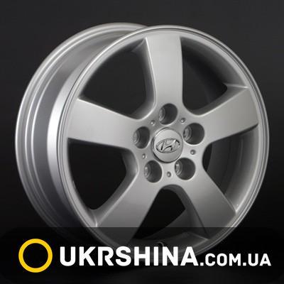 Литые диски Replay Hyundai (HND13) W6.5 R16 PCD5x114.3 ET46 DIA67.1 silver