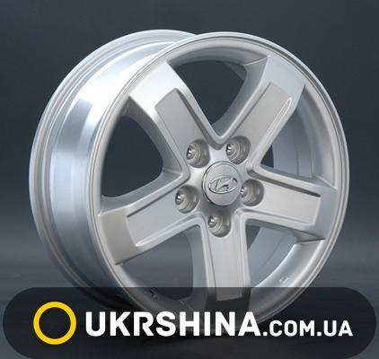 Литые диски Replay Hyundai (HND42) W6.5 R16 PCD5x114.3 ET51 DIA67.1 silver