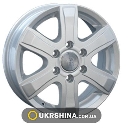 Литые диски Replay Volkswagen (VV74) W6.5 R16 PCD6x130 ET62 DIA84.1 silver