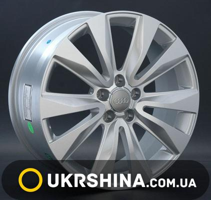 Литые диски Replay Audi (A45) silver W8 R18 PCD5x112 ET26 DIA66.6