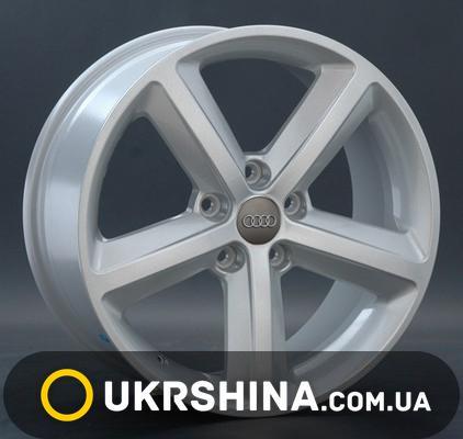 Литые диски Replay Audi (A55) silver W8 R18 PCD5x112 ET39 DIA66.6