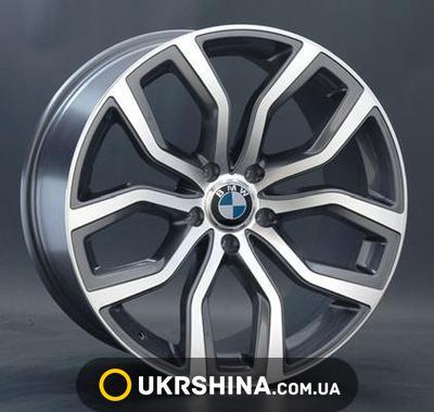 BMW (B110) image 1