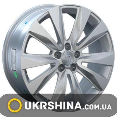 Литые диски Replay Audi (A45) W8 R18 PCD5x112 ET38 DIA57.1 silver