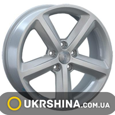 Литые диски Replay Audi (A55) W8 R18 PCD5x112 ET47 DIA66.6 silver