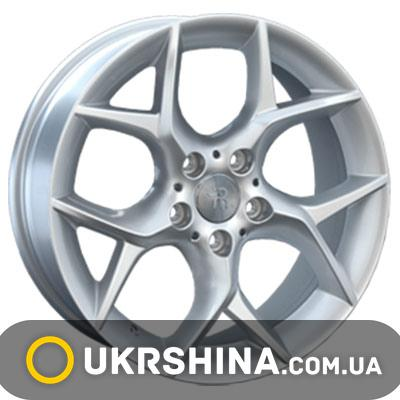 Литые диски Replay BMW (B125) W8 R18 PCD5x120 ET30 DIA72.6 silver