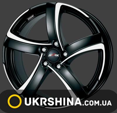 Литые диски Alutec Shark W6 R15 PCD5x112 ET45 DIA57.1 racing black front polished